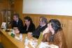 Presentación del libro ''20 anys cantant les 40'', con el editor Fèlix Riera, Miquel Àngel Pascual (ex miembro de La Trinca) y el periodista Carles Capdevila. Casa del Llibre, Barcelona, 2006