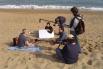 Dirigiendo el film documental ''Mar de invierno'', La Barceloneta, 2004, Barcelona